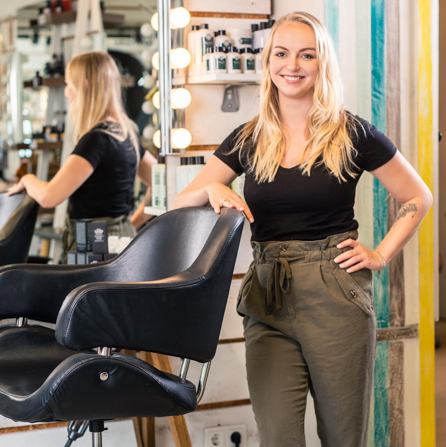 Madeleine Hinger ist Friseurin bei Raskopp Hair & Make-up in Luxemburg in der Nähe von Trier